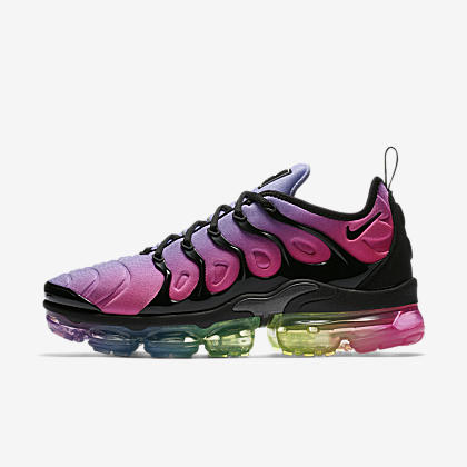 3adc5af508 Chaussure pour Homme. CAD 210 · Nike Air VaporMax Plus BETRUE