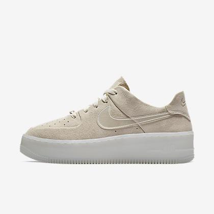 706a613dc04a Nike Air Force 1 Sage Low Women s Shoe. Nike.com