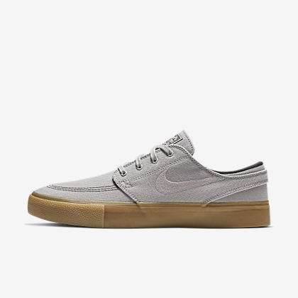 e6f00ed96394 Nike SB Check Solarsoft Canvas Women s Skateboarding Shoe. Nike.com