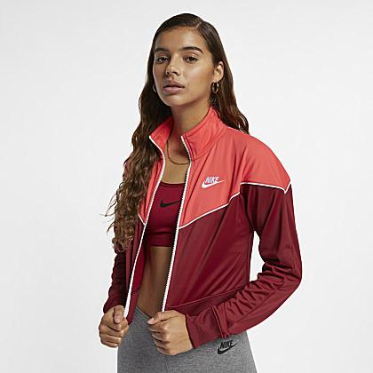 99f640ff314b4 Nike Sportswear Windrunner Women s Woven Windbreaker. Nike.com