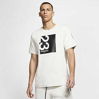 bb05fde19 Men's Graphic Tees & T-Shirts. Nike.com