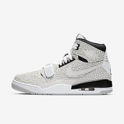 b751336f378408 Air Jordan 1 Mid Men s Shoe. Nike.com
