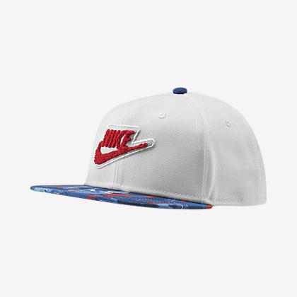 Boston Celtics City Edition Nike AeroBill Classic99. Cappello NBA. CHF  37.50. Nike Pro dd41e36ba524