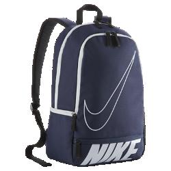 Рюкзак Nike Classic NorthРюкзак Nike Classic North сочетает неповторимый стиль и возможность хранить всю необходимую экипировку благодаря повторяющемуся принту с логотипом, вместительному основному отделению и многочисленным карманам. Преимущества  Полиэстер 600D плотного переплетения с высокой износостойкостью Вместительное основное отделение с двойной молнией Мягкие регулируемые лямки и задняя панель для удобного ношения Несколько карманов для удобного организованного хранения Ручка для удобного ношения Принт в технике трафаретной печати для создания яркого стиля   Информация о товаре  Размеры: 43 x 30,5 x 15 см (В х Ш х Г) Состав: 100% полиэстер Импорт<br>