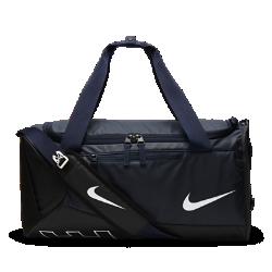 Спортивная сумка для школьников Nike Alpha Adapt CrossbodyПрочная и вместительная спортивная сумка для школьников Nike Alpha Adapt Crossbody идеально подходит для тренировок или поездок.  Прочная конструкция  Надежный корпус из полиэстера продлевает срок службы сумки. Дно с покрытием из полиуретана защищает от попадания влаги.  Удобство хранения  Вентилируемое отделение для влажной и сухой экипировки позволяет хранить грязные вещи отдельно от чистых.  Универсальный комфорт  Съемная регулируемая лямка со вставкой Max Air предполагает три варианта ношения: за спиной, на плече и в руке с помощью двойных ручек сумки.<br>