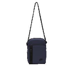 Сумка Nike Core Small Items 3.0Сумка Nike Core Small Items 3.0 позволяет иметь самое необходимое под рукой благодаря нескольким карманам и удобному ремню через плечо.<br>