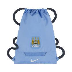 Спортивная сумка Manchester City FC AllegianceСпортивная сумка Manchester City FC Allegiance с минималистичным дизайном с легкостью вмещает экипировку и все необходимые принадлежности.<br>