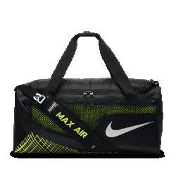 Сумка-дафл для тренинга Nike Vapor Max Air (средний размер)Сумка-дафл для тренинга Nike Vapor Max Air вместит все необходимое для тренировки в зале, а влагонепроницаемое покрытие защитит экипировку от влаги.<br>