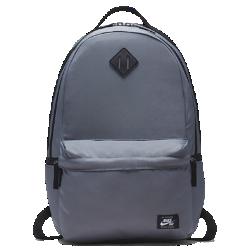 Рюкзак для скейтбординга Nike SB IconРюкзак для скейтбординга Nike SB Icon с вместительным основным отделением и мягкими плечевыми лямками позволяет брать с собой все необходимое.<br>