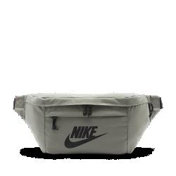 Поясная сумка Nike TechПоясная сумка Nike Tech с несколькими надежными карманами на молнии позволяет взять с собой все необходимое, не занимая руки.<br>
