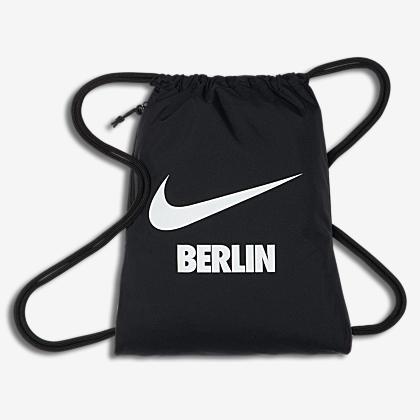69ac462c06 Nike Graphic. Παιδικό σακίδιο γυμναστηρίου. 11 € · Nike Heritage City Swoosh