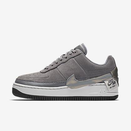 brand new 9d840 5b1a9 Sko för kvinnor. 1 199 kr837 kr · Nike Air Force 1 Jester