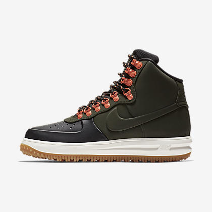 3a29d7e248f0 Nike SF Air Force 1 Mid Men s Shoe. Nike.com