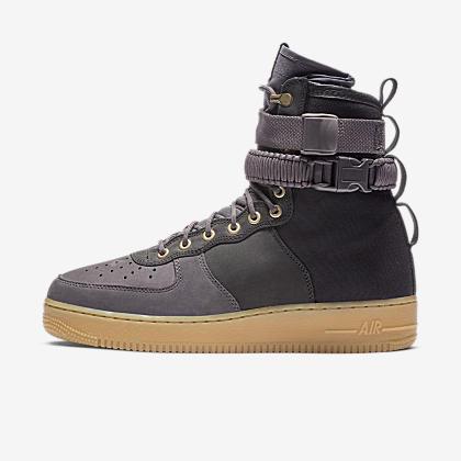 3b6836bb9c0316 Nike SF Air Force 1 Men s Boot. Nike.com