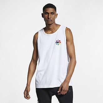 50aede72fa1a Buy Men's Tops & T-shirts. Nike.com UK.