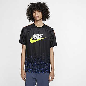 53c292459 Buy Men s Tops   T-shirts. Nike.com UK.