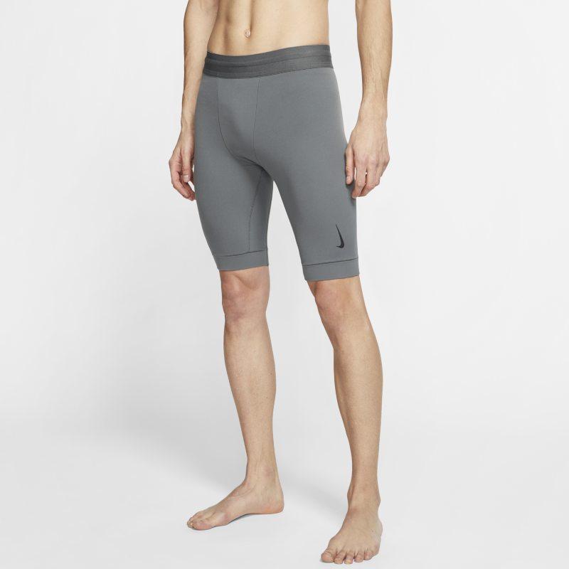 Nike Yoga Dri-FIT Herenshorts van Infalon - Grijs