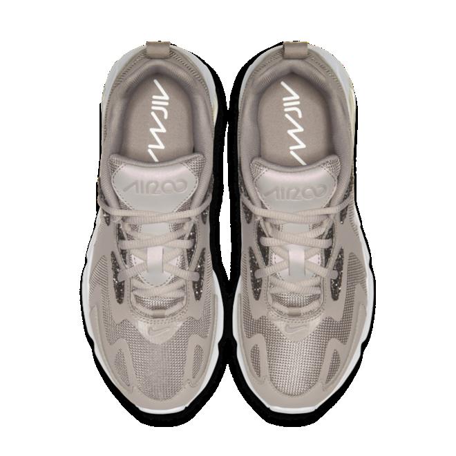 Nike Air Max 200 elegante beige colorway