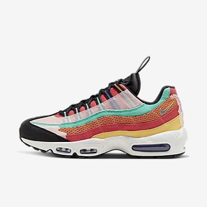 Nike Internationalist Women's Shoe.