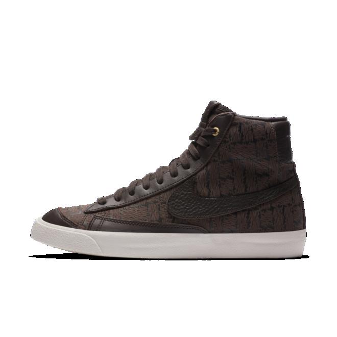 Velvet Brown Nike