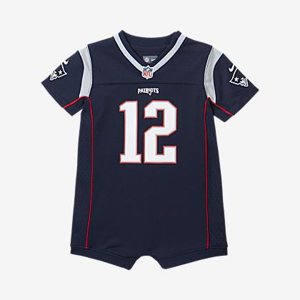 Nike Dri FIT (NFL Patriots) Older Kids' T Shirt. Nike AT