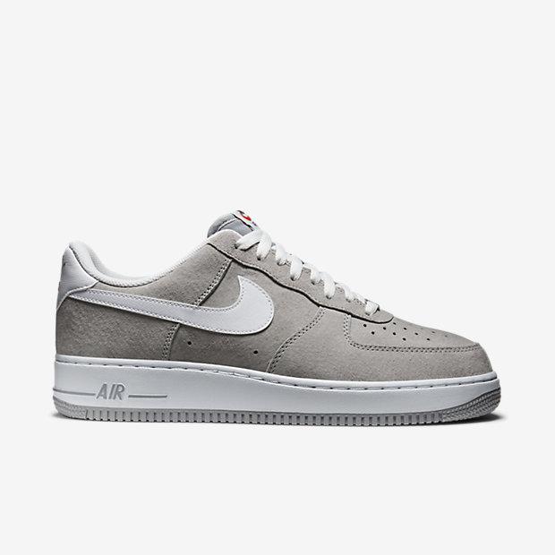 Low Resolution Nike Air Force 1 空军一号男子运动鞋