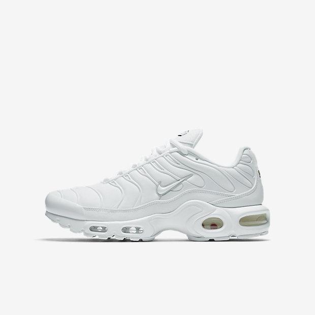 Low Resolution Nike Air Max Plus Shoe