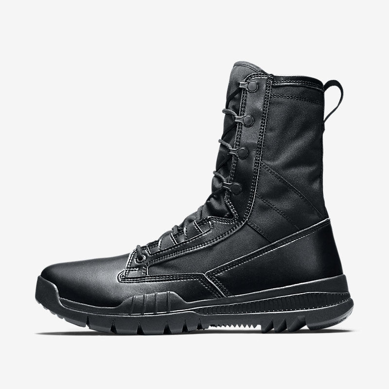 Image For Nike SFB Field 20.5cm (approx.)
