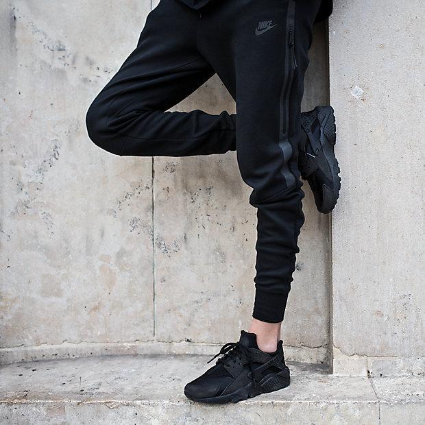 Low Resolution Nike AirHuaracheRun女子运动鞋