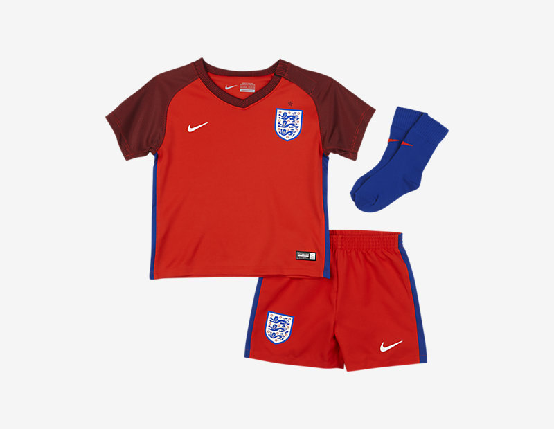 2016 England Stadium Away