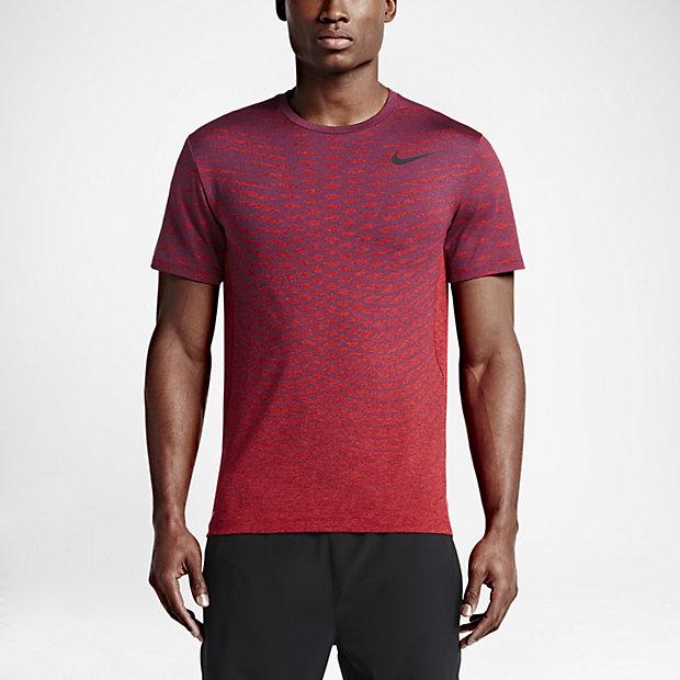 Low Resolution Nike Dry 男子短袖训练上衣