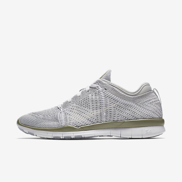 ... Chaussure de training Nike Free TR 5 Flyknit Metallic pour Femme