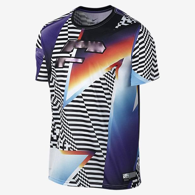 Low Resolution Nike Sportswear 男子印花T恤