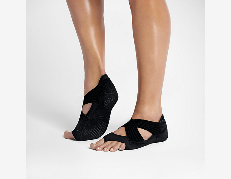 Nike Studio Wrap 4