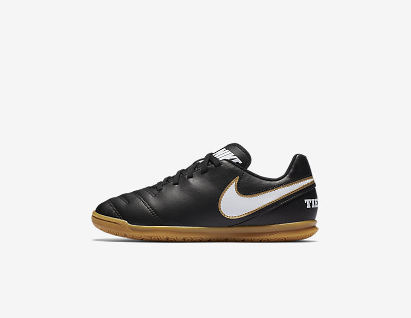 Nike Jr. Tiempo Rio III IC