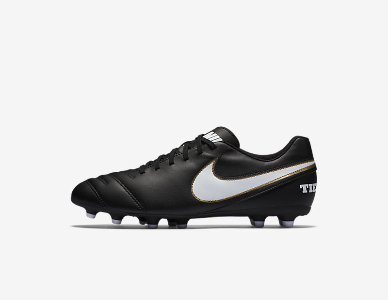 Nike Tiempo III FG