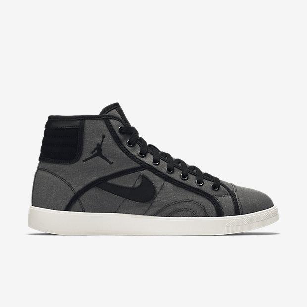 c4e0402eb255b9 Air Jordan Sky High OG Men s Shoe. Nike.com FI
