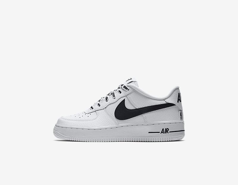 Nike Air Force 1 LV8 NBA