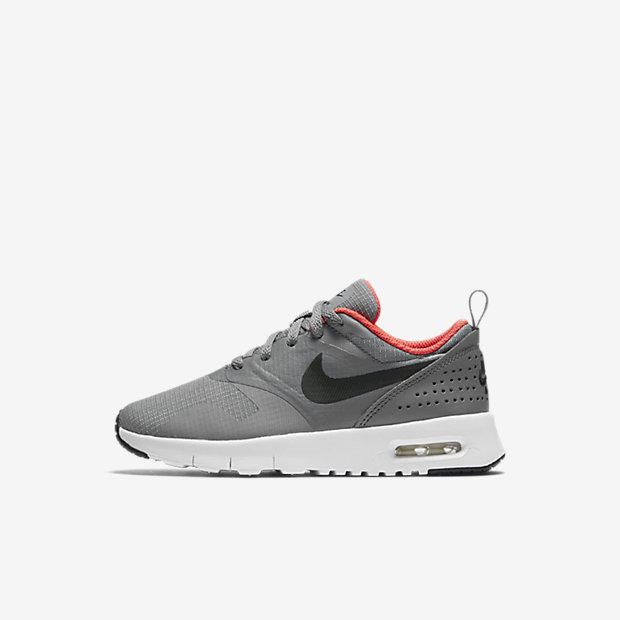 Low Resolution Nike Air Max Tavas 幼童运动童鞋