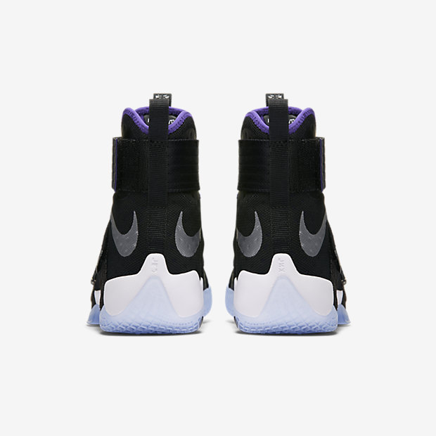 brand new fae13 932dc Nike Zoom LeBron Soldier 10 Men's Basketball Shoe