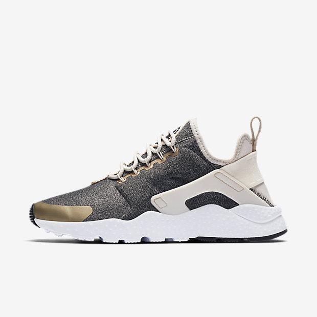 Nike Air Huarache Ultra SE. Women\u0027s Shoe$125