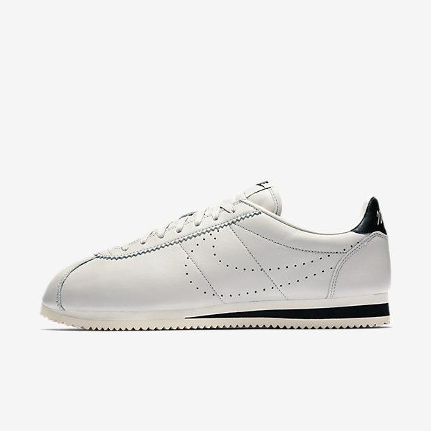 timeless design 9dad4 40c71 Very Goods   Nike Classic Cortez Leather Premium Men s Shoe. Nike.com GB