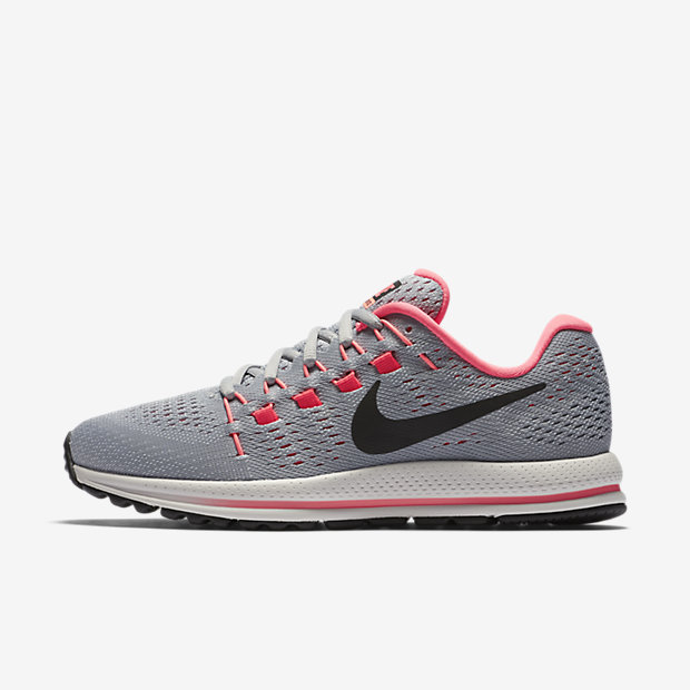 Model Nike Running Shoes Boast An Equal Mix Of Style And Performance Theres A Shoe For Every Runner, Whether Youre Seeking A Model For Wide Feet, Prefer A More Cushioned Ride, Or Want A Lightweight Racing Flat Some Shoes Offer More Support