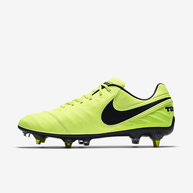 ... Nike Tiempo Legend VI SG-PRO Anti Clog Traction Soft-Ground Soccer Cleat
