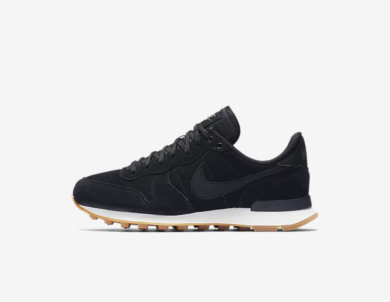 Nike Internationalist SE Image