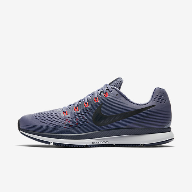 Built For Beginners And Experienced Runners The Nike Air Zoom Pegasus 34 Men S Running Shoe Features An Updated Lighter Flymesh Material That Helps Reduce