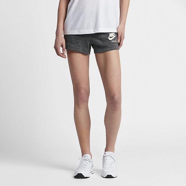 short nike sportswear vintage pour femme fr. Black Bedroom Furniture Sets. Home Design Ideas