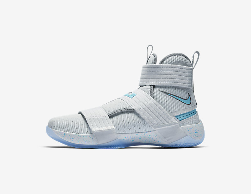 Nike LeBron Soldier 10 FlyEase