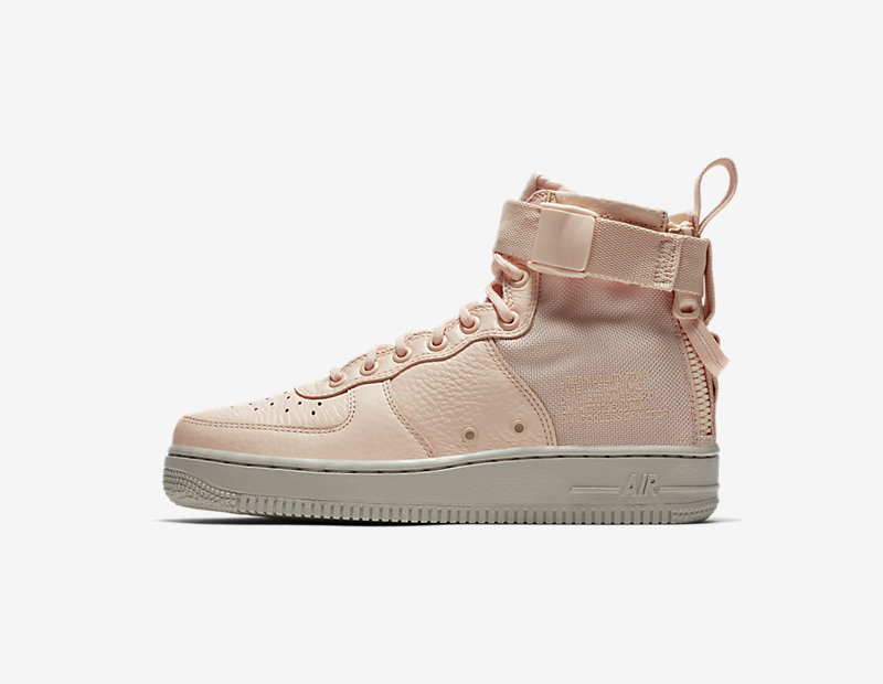Nike SF Air Force 1 Mid online kopen