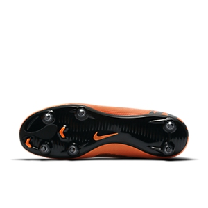 32abf3fe1a0c Which are the Best Soft Ground Football Boots with Studs?